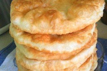 Лепешки вместо хлеба Шельпеки: готовлю их сейчас практически каждый день (нужно просто смешать воду с мукой)