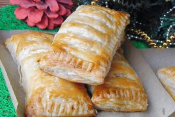 Пирожки-слойки с творогом: очень нежные и соблазнительные 1