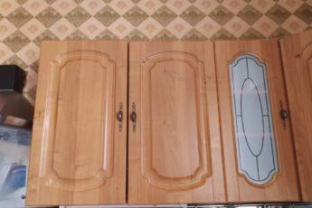 Нашла способ, как избавиться от жира на верхних шкафах кухни. Теперь все знакомые берут с меня пример 1