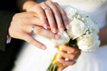 «Тогда на свадьбу можете не приходить»: история нашей ссоры с дочкой из за того, что мы им не подарили машину 1