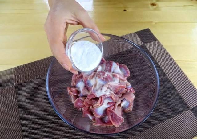 Куриные желудочки засыпаем содой и получаем праздничную закуску за копейки 1