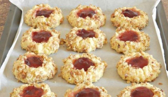 Рецепт изумительного песочного печенья с вареньем 1